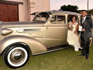 Golden Car 6