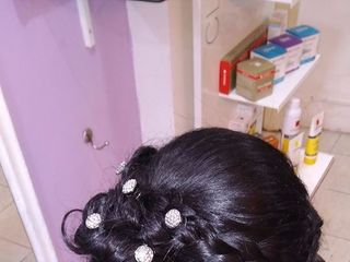 Christian Make Up - Cosmetologic Hairstyle 5
