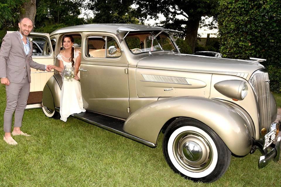 Golden Car 39
