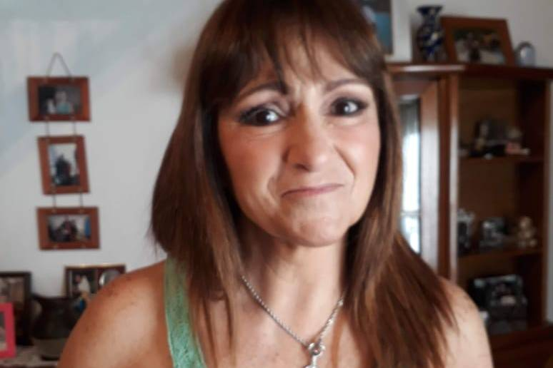 Lila Voghera 24