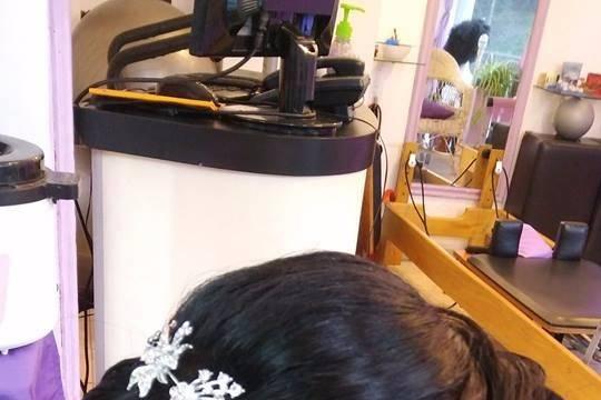 Christian Make Up - Cosmetologic Hairstyle 4