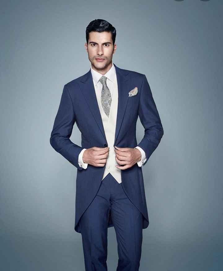 Este color de traje: ¿le pega o no le pega? 6