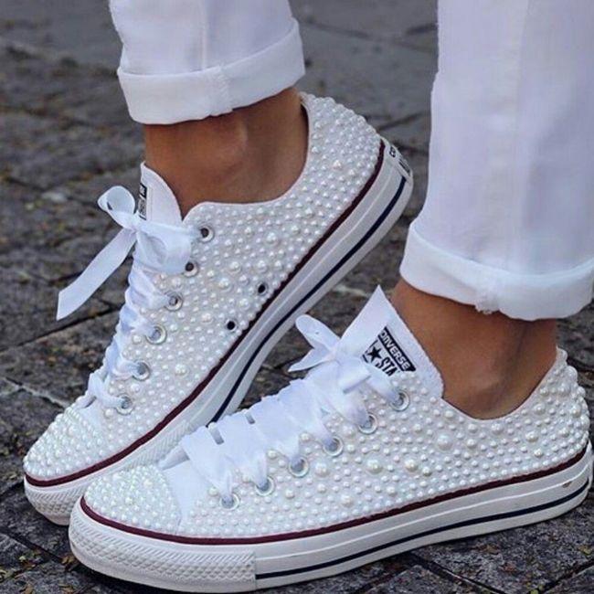 Zapatillas o sandalias para después de 12? 9