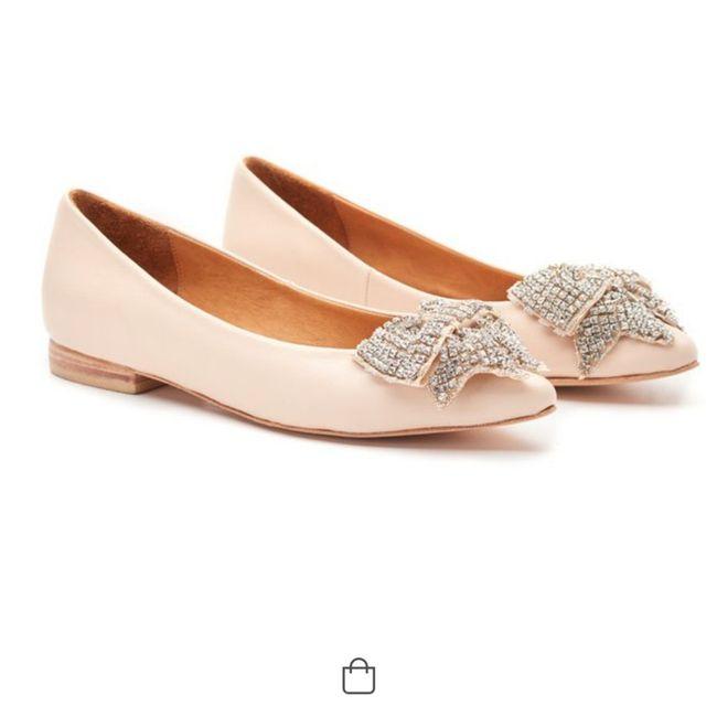 Zapatillas o sandalias para después de 12? 4