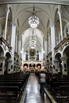 Yo me caso en la iglesia ( ____ ) 9