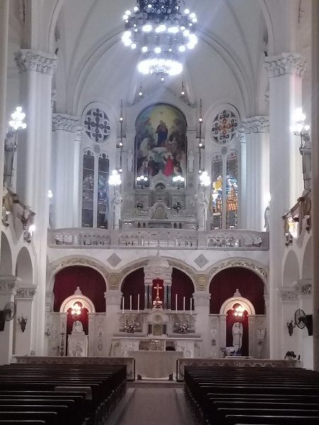 Yo me caso en la iglesia ( ____ ) 10