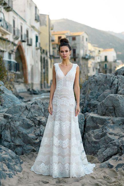 ¡VOTA por 1 de estos vestidos de admin! 2