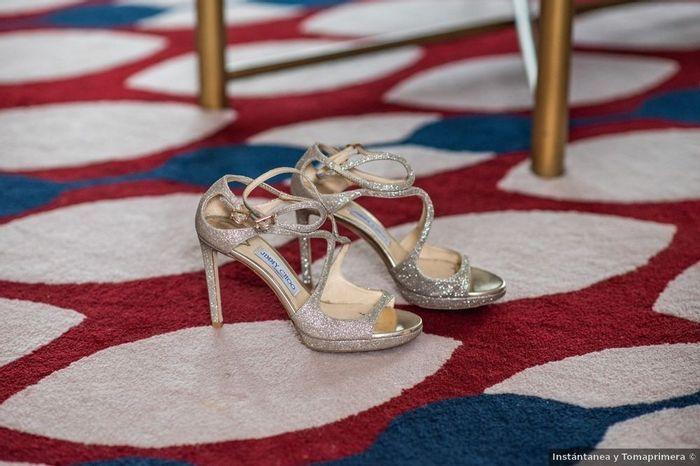 Zapatos con brillo ¿toda una apuesta? 1