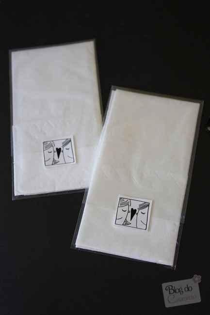 Pañuelos de papel para los invitados...