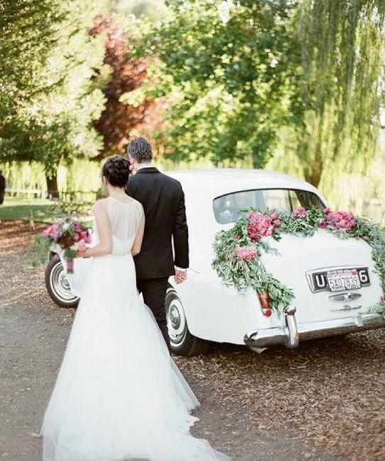 Ideas para decorar el auto el día de la boda 21