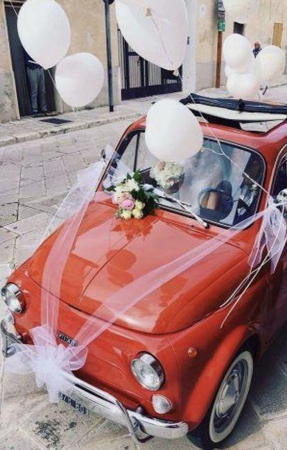 Ideas para decorar el auto el día de la boda 22