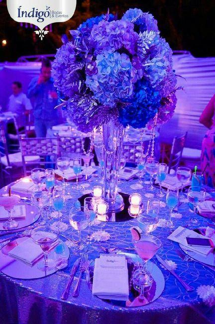 Centros de mesa en color azul - Cristales de colores para mesas ...