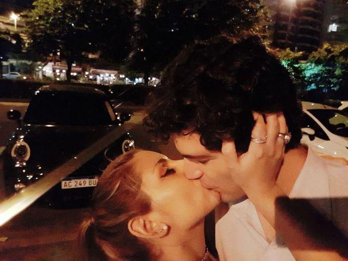 💘¿Cómo Sería tu San Valentín ideal? El beso. 6