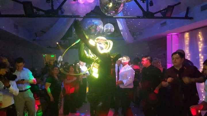 Show de Robot Led con Musica Disco