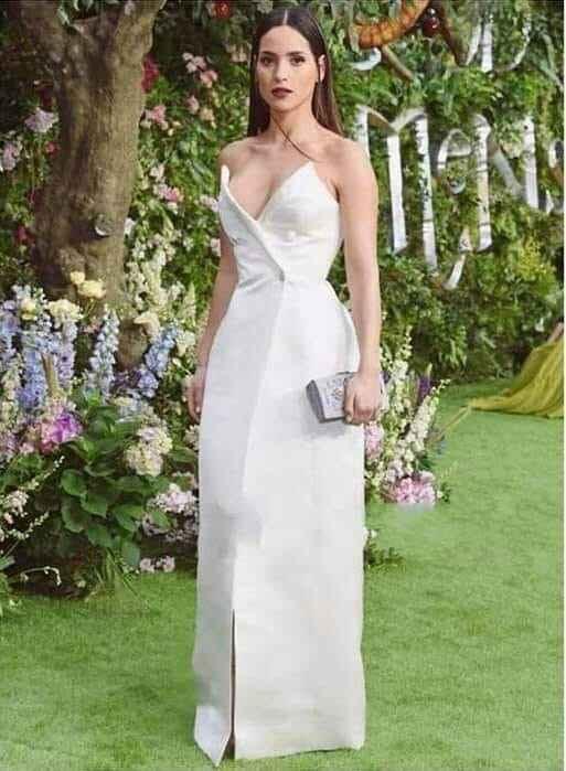 Se casó la actriz de Hollywood Adria Arjona (hija de tigre) con Edgardo Canales - 4