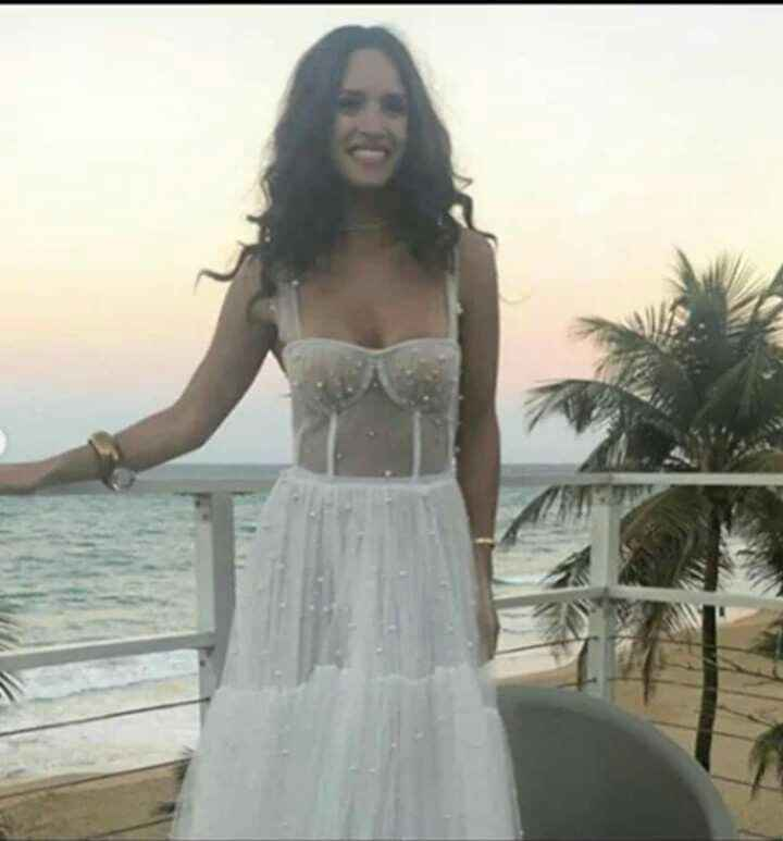 Se casó la actriz de Hollywood Adria Arjona (hija de tigre) con Edgardo Canales - 1