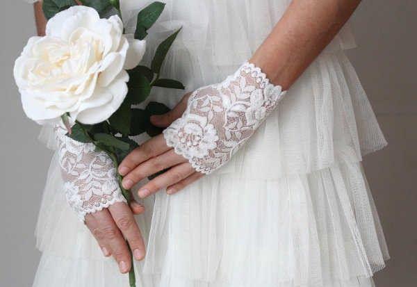 Guantes para novias. (atención novias elegantes y vintages). 7
