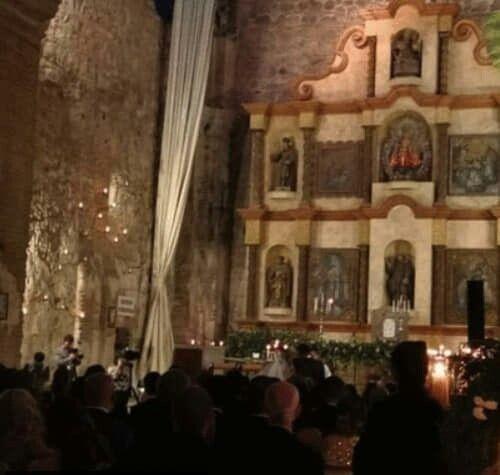 Se casó la actriz de Hollywood Adria Arjona (hija de tigre) con Edgardo Canales 5