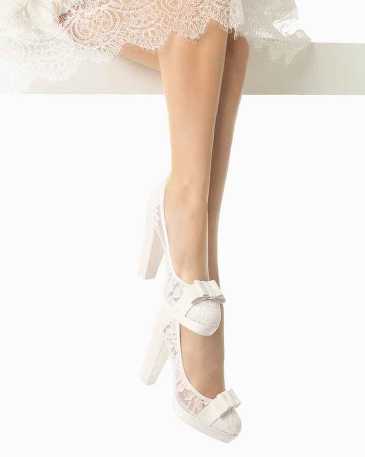 Zapatos de novia cerrado