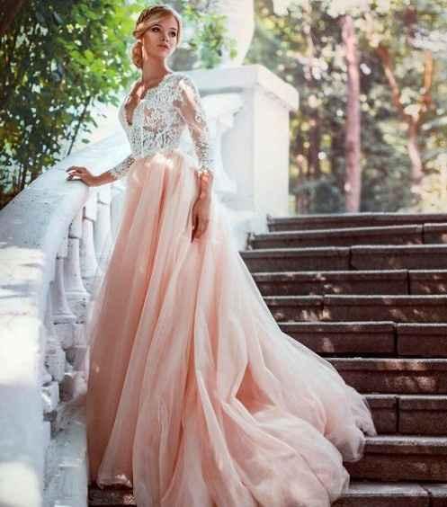 3-Vestidos de novia color rosa
