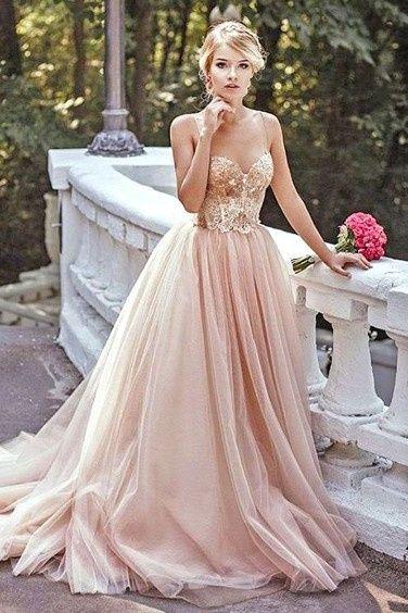 4-Vestidos de novia color rosa