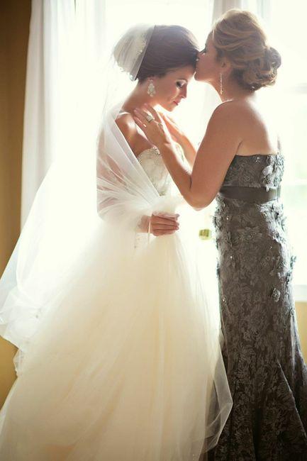 2-Fotos de madre e hija en día del casamiento