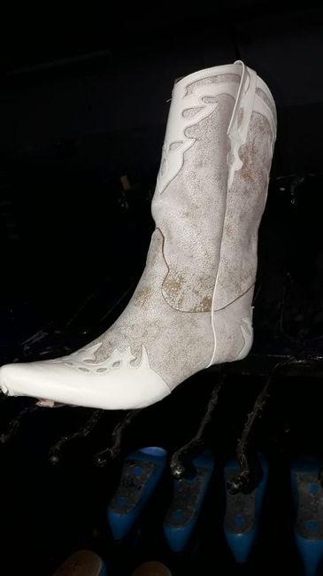 Mis botas para el gd en proceso 1