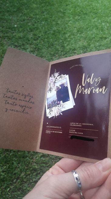 Invitaciones + regalo 😍 4