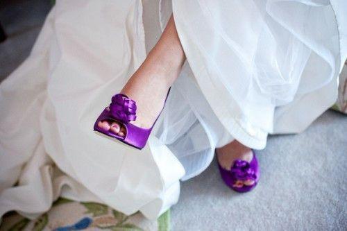 ¿Y si nos animamos a este color de Zapatos? 💜 1