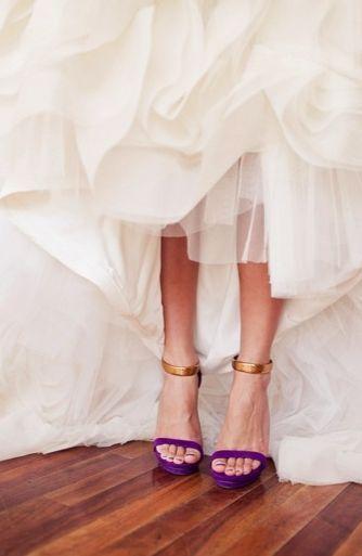 ¿Y si nos animamos a este color de Zapatos? 💜 2