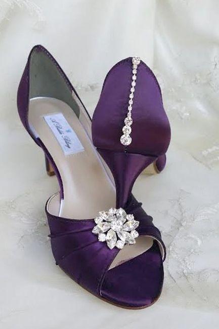 ¿Y si nos animamos a este color de Zapatos? 💜 6