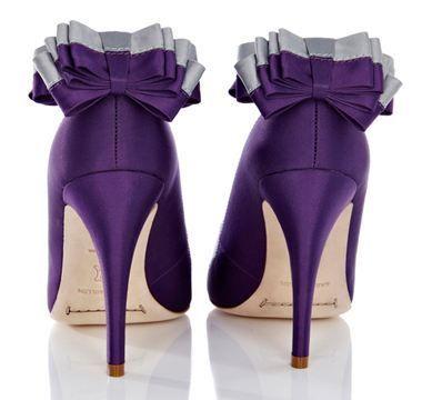 ¿Y si nos animamos a este color de Zapatos? 💜 8