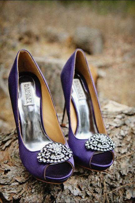 ¿Y si nos animamos a este color de Zapatos? 💜 9