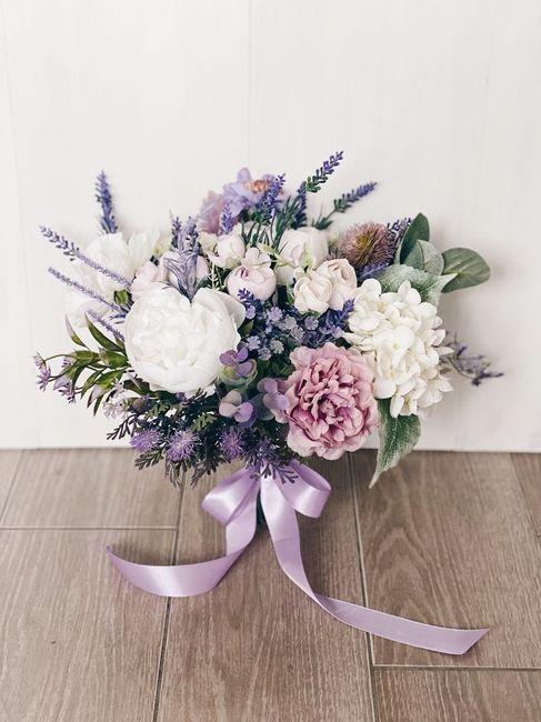 ¿Te animás a usar este color en tu boda?💜 7