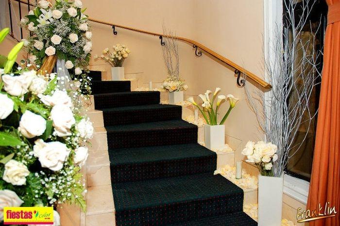 Escaleras en nuestros sal nes - Salones con escaleras ...