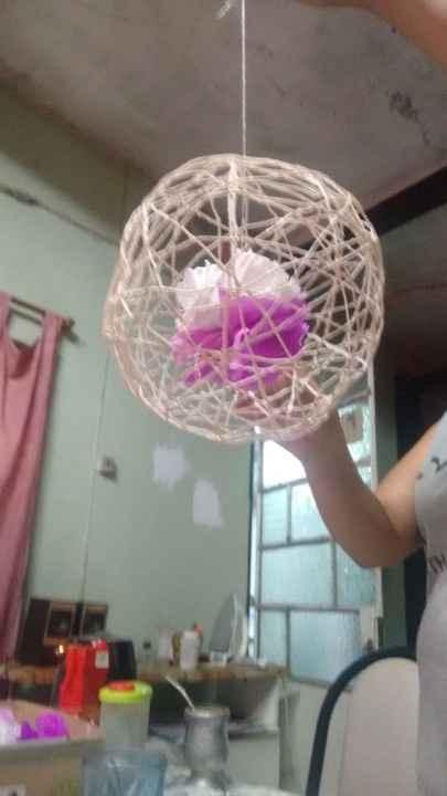 globos de hilo con flor adentro