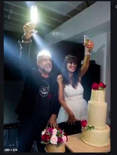 Torta de casamiento de Jorge Rial y Romina Pereiro. Algo diferente! Elegirías este tipo de torta? 1