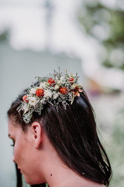 ¿Tiara con flores o con joyas?¡VOTA! 1