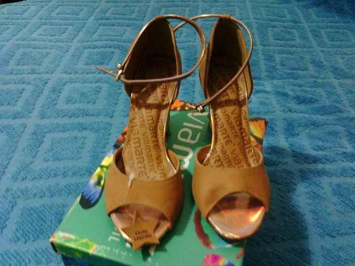 Mis zapatos del civil!! - 2