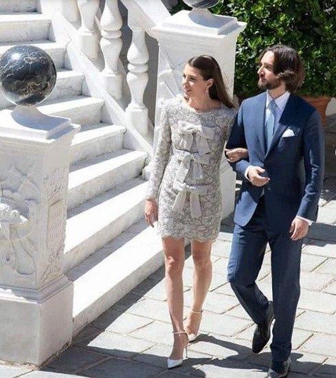 La boda de Carlota Casiraghi y Dimitri Rassam - 3 vestidos para una novia! 1