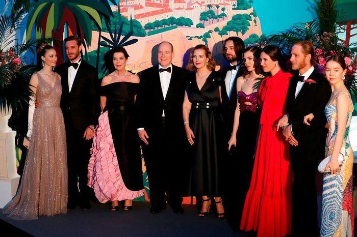 La boda de Carlota Casiraghi y Dimitri Rassam - 3 vestidos para una novia! 12