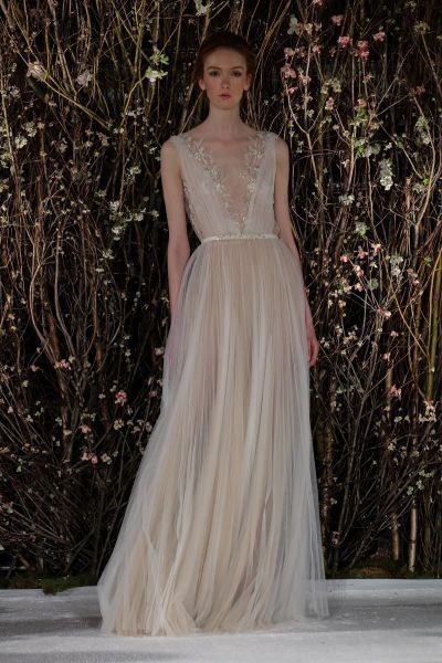10 vestidos de novia con falda plisada 4
