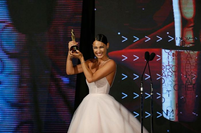 El impactante vestido de Pampita en la entrega de premios Martín Fierro a la Moda 2019 6