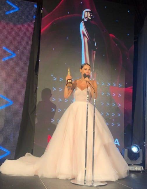 El impactante vestido de Pampita en la entrega de premios Martín Fierro a la Moda 2019 10