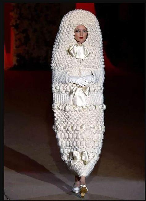 Perlita de viernes: vestidos de novia que dejaron a los invitados con la boca abierta :o 2
