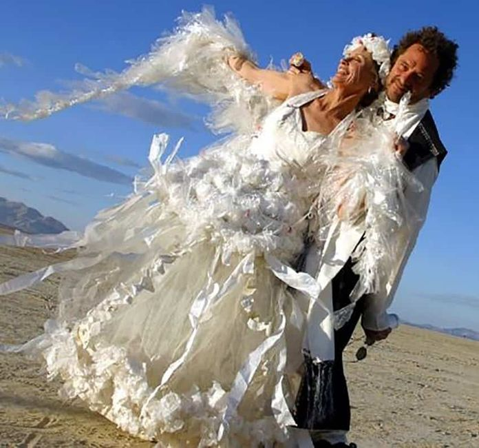 Perlita de viernes: vestidos de novia que dejaron a los invitados con la boca abierta :o 3