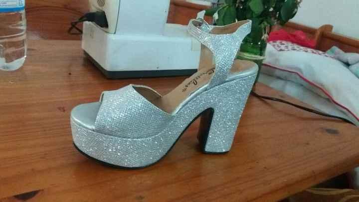 Tengo los zapatos! - 1