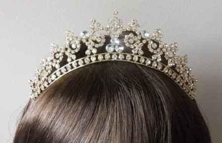 tiara cuento de hadas