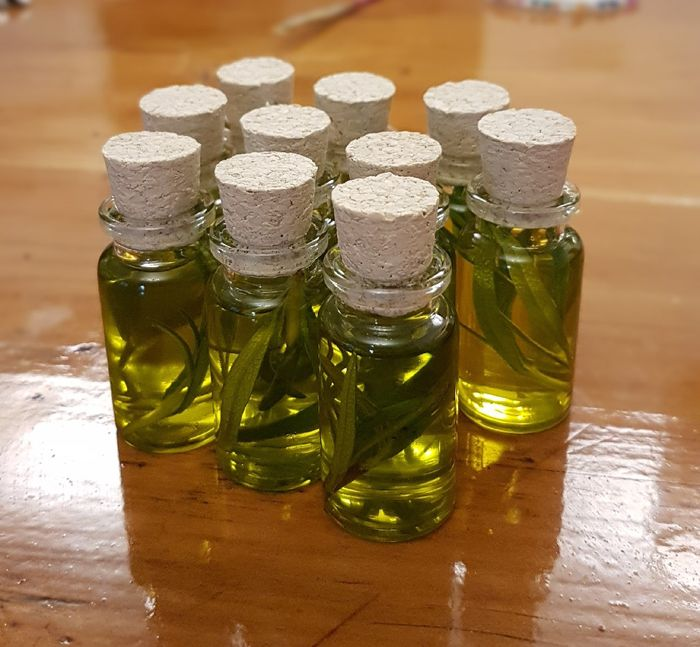 Souvenir de aceite de oliva y romeo - 1