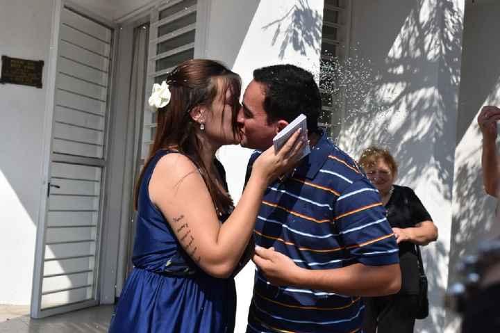 Un beso muy especial como este...🙈 - 3